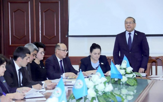 People's Democratic Party of Uzbekistan hosts its first faction meeting